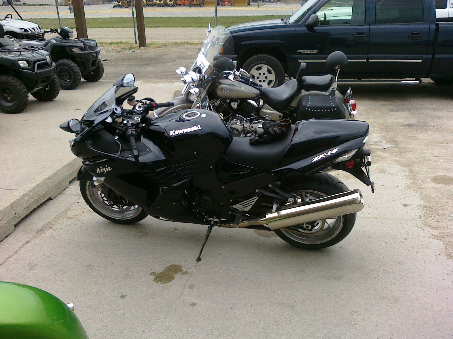 Bought a 2008 zx14, '07 fz6 for sale!!!!! - Sportbikes.net