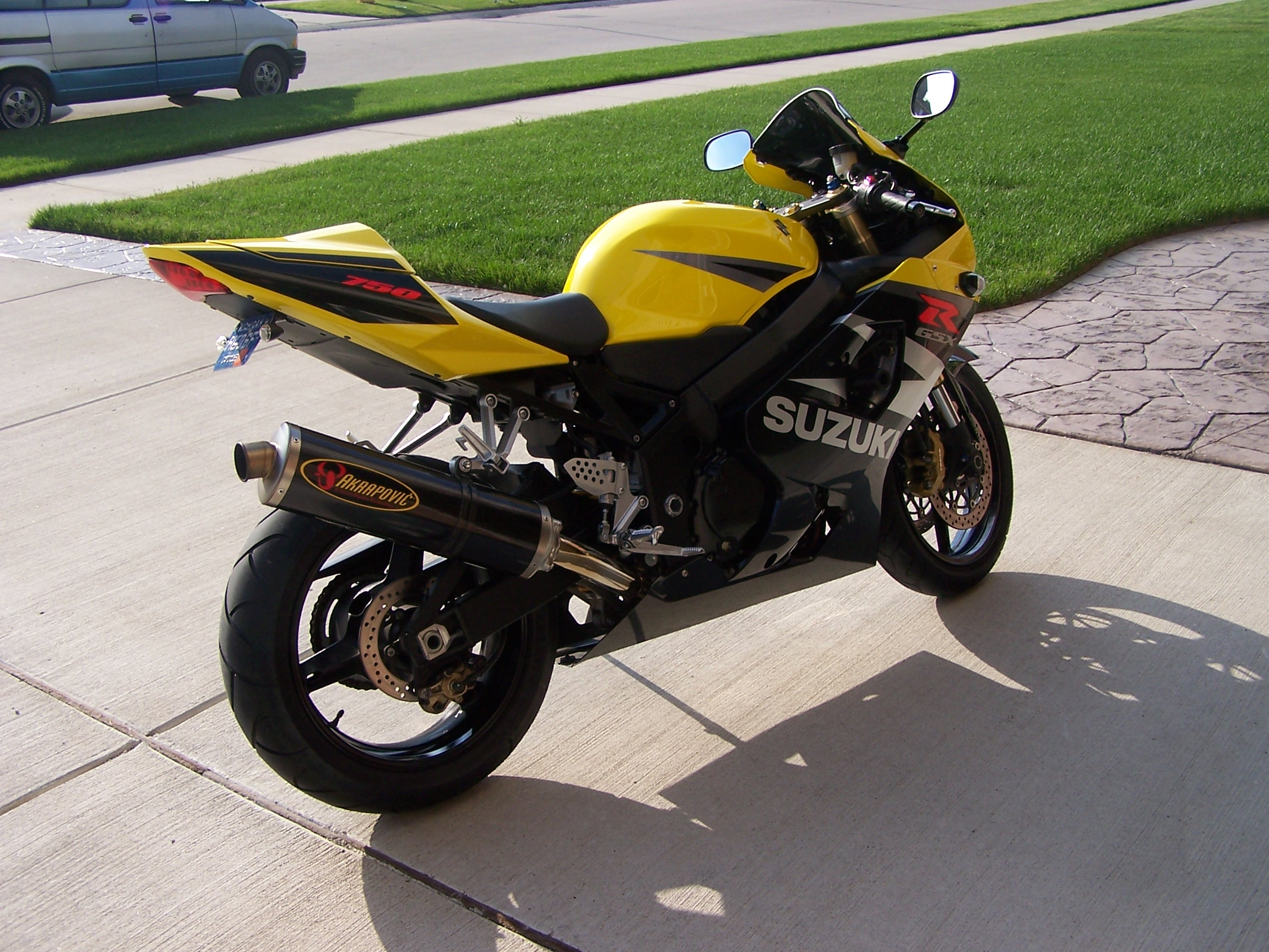 Related Keywords & Suggestions for 2004 gsxr 750 black