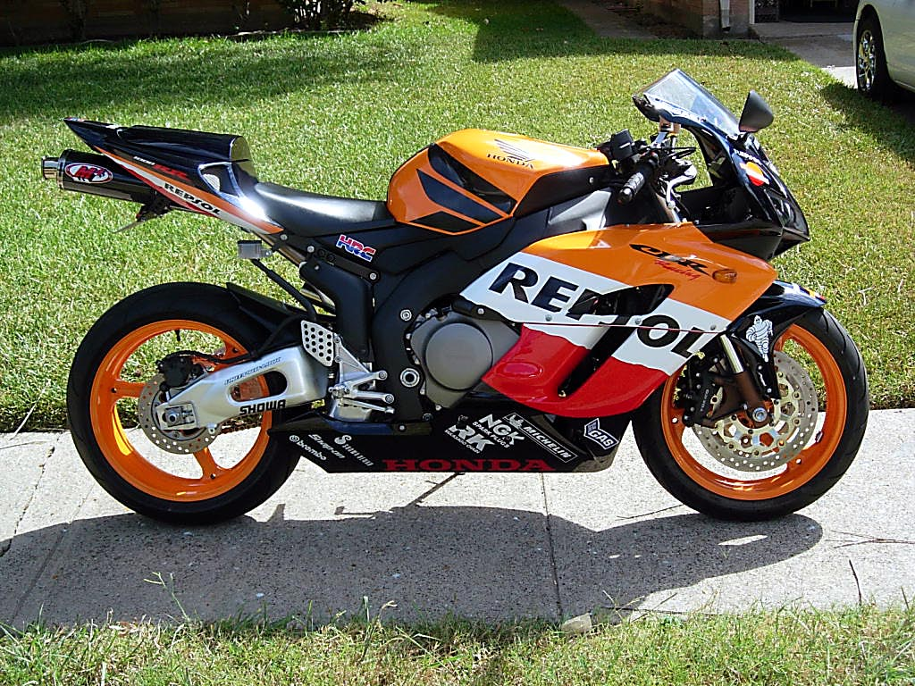 f s 2005 honda cbr 1000rr repsol edition. Black Bedroom Furniture Sets. Home Design Ideas