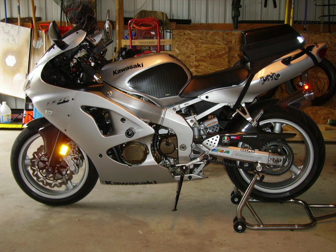 R&G Frame Sliders????? - Sportbikes.net