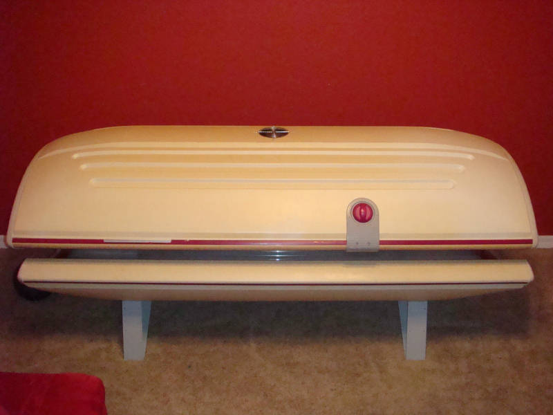 ... 2000s canopy tanning bed · sunquest super zx30 2f · click image for larger version name bed001 jpg views 11633 size 39 7 ... & Sunquest Tanning Bed Parts - White Bed