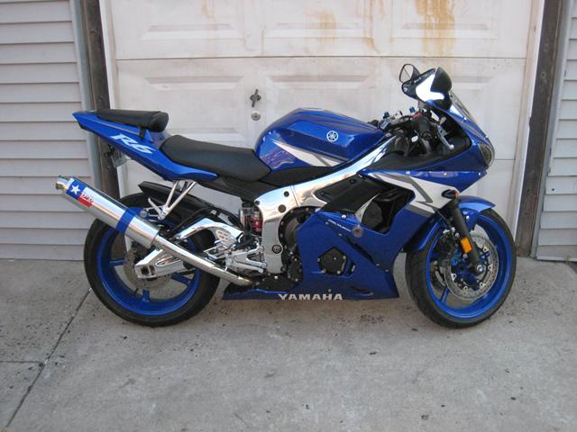 04 Yamaha R6 - Mint Condition, Chrome Frame/Swingarm/Wheels