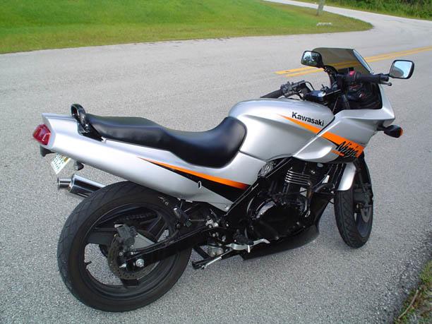 my-ex500-pics-bikerightrear1a.jpg