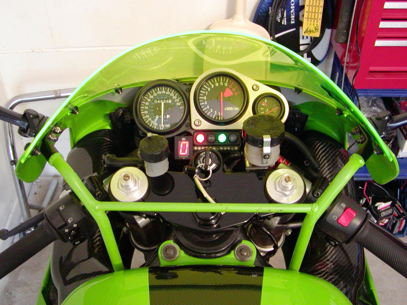 Gear indicator - Sportbikes net
