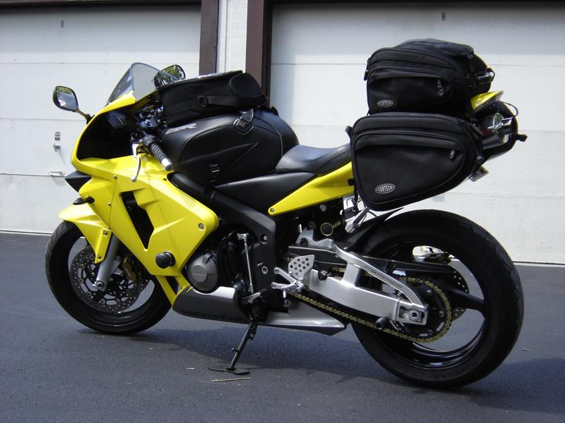 Berlin City Honda >> FS: Bagster Tank Cover/City Tank Bag (2003/2004 Honda CBR600RR) - Sportbikes.net