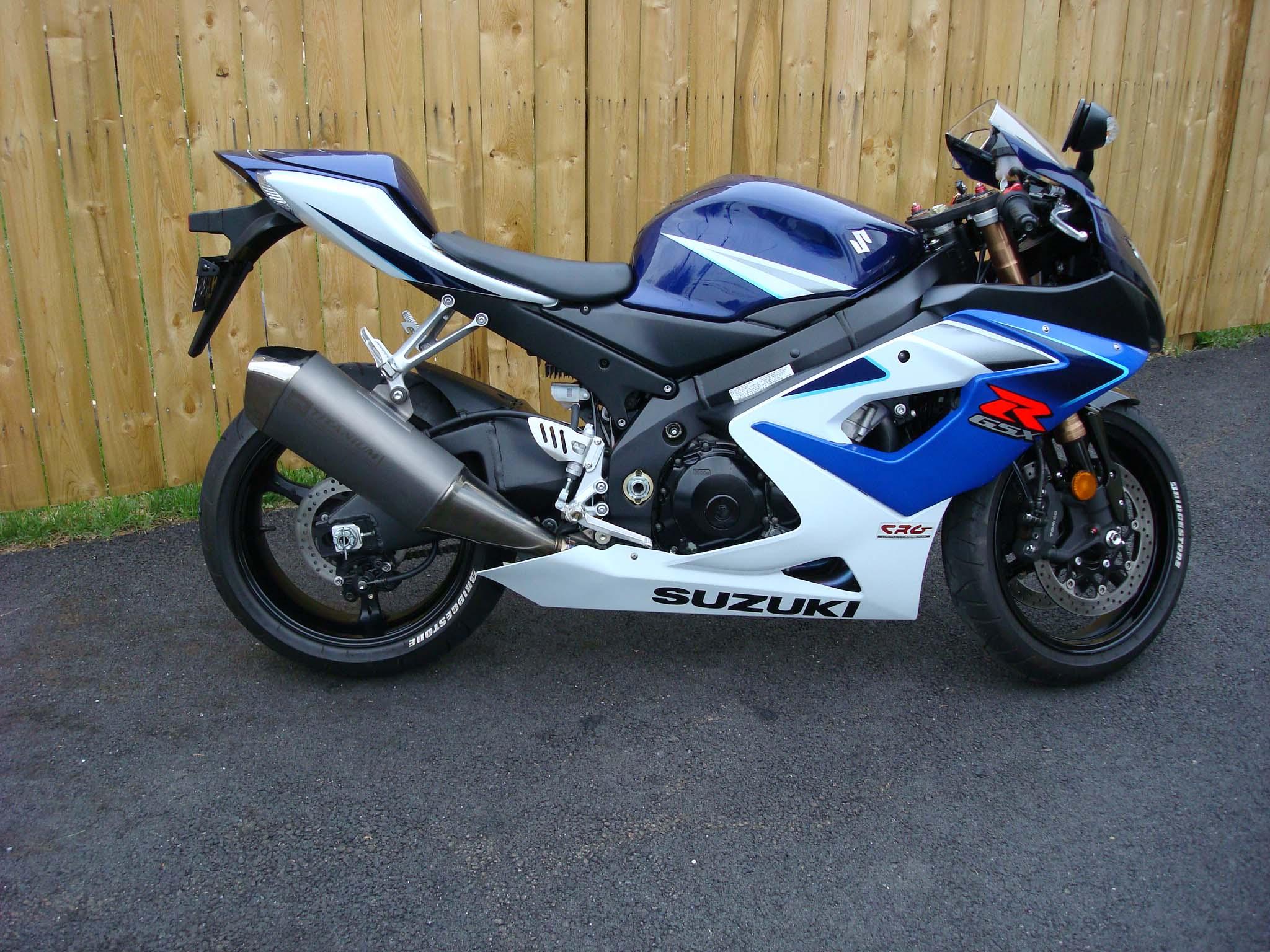 Suzuki Gsxr 600 >> 2006 GSXR ? 1000 $7,999.00 Title in hand - Sportbikes.net