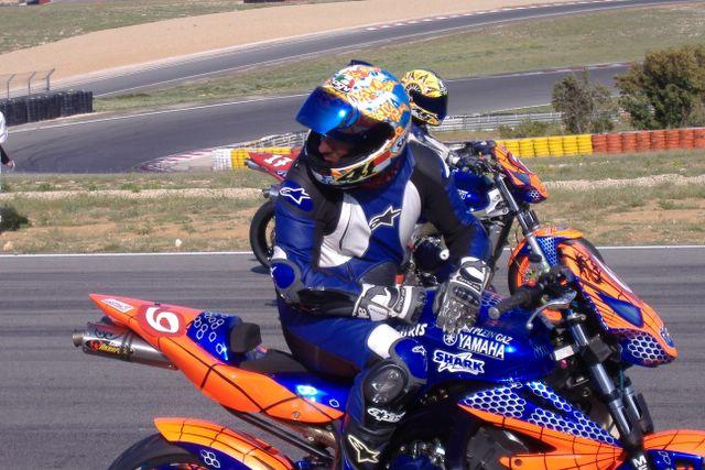R1 racing seat + rear end-dscf1741.jpg