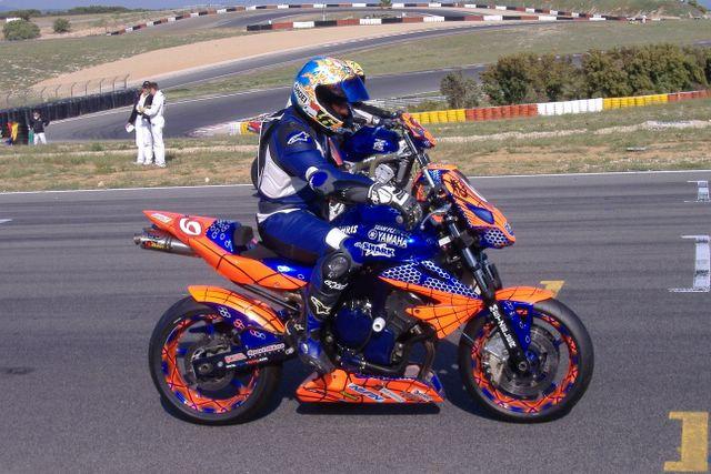 R1 racing seat + rear end-dscf1742.jpg