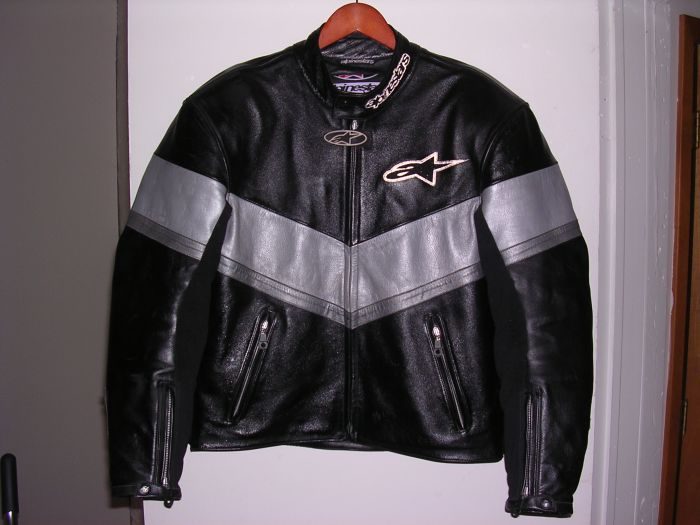 Alpinestars Leather Jacket >> Alpinestar V4 Leather Motorcycle Jacket, Size 44 US - Sportbikes.net