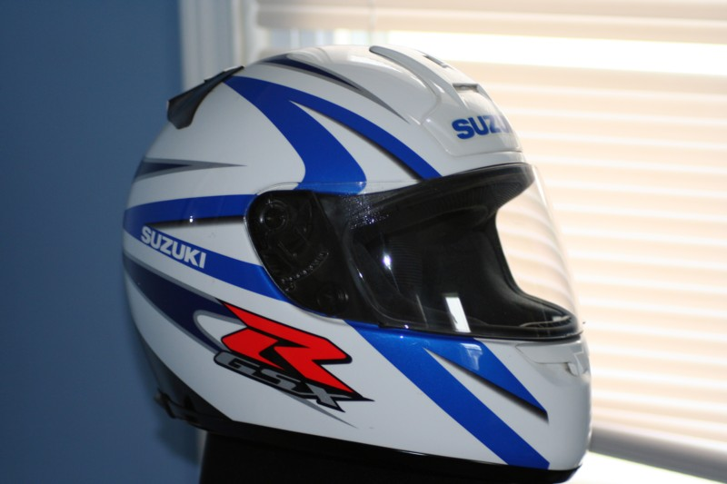 Sportbikes Net View Single Post Fs Shoei Suzuki Blue
