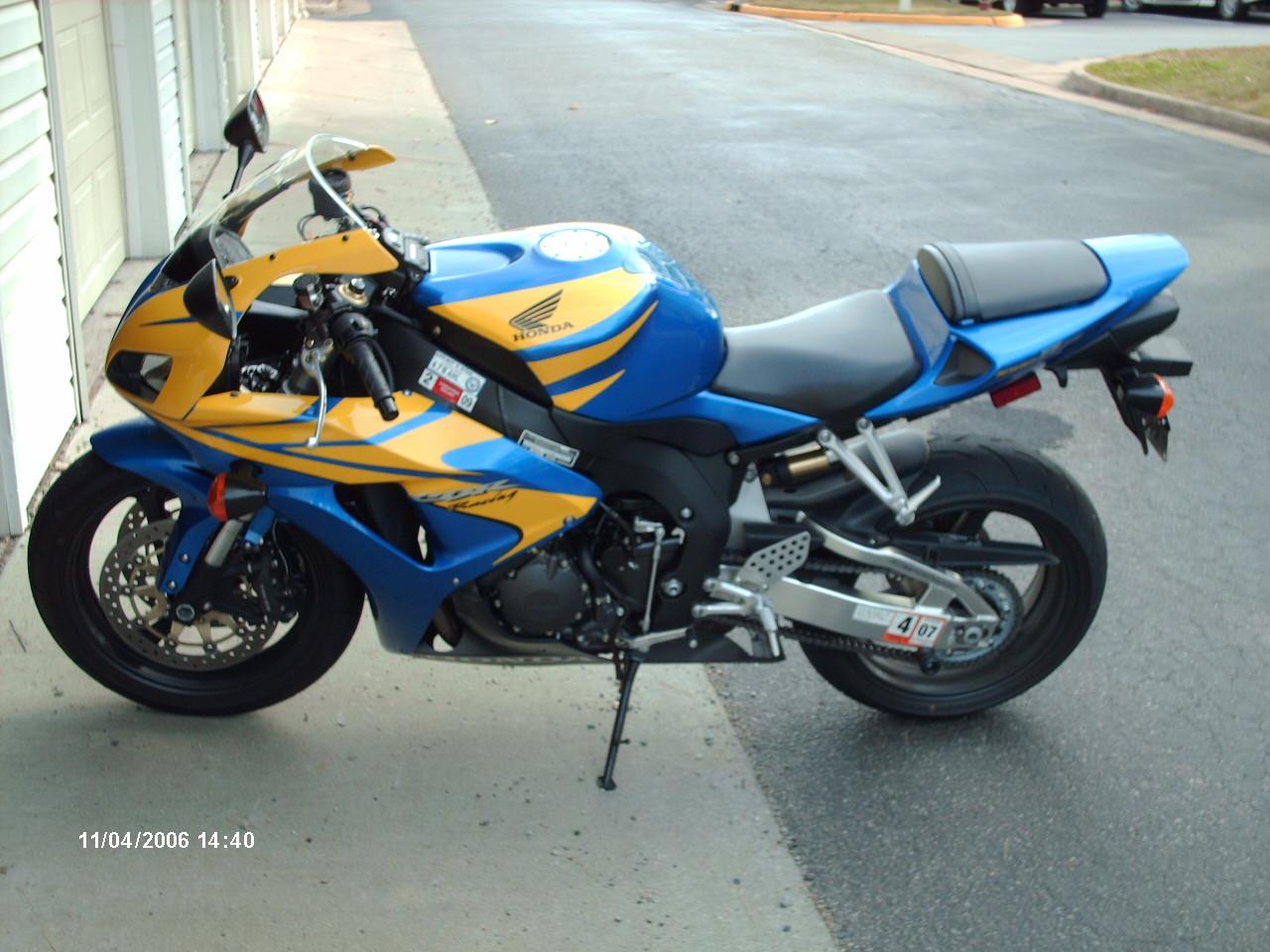 06 CBR 1000rr bodywork - Sportbikes.net