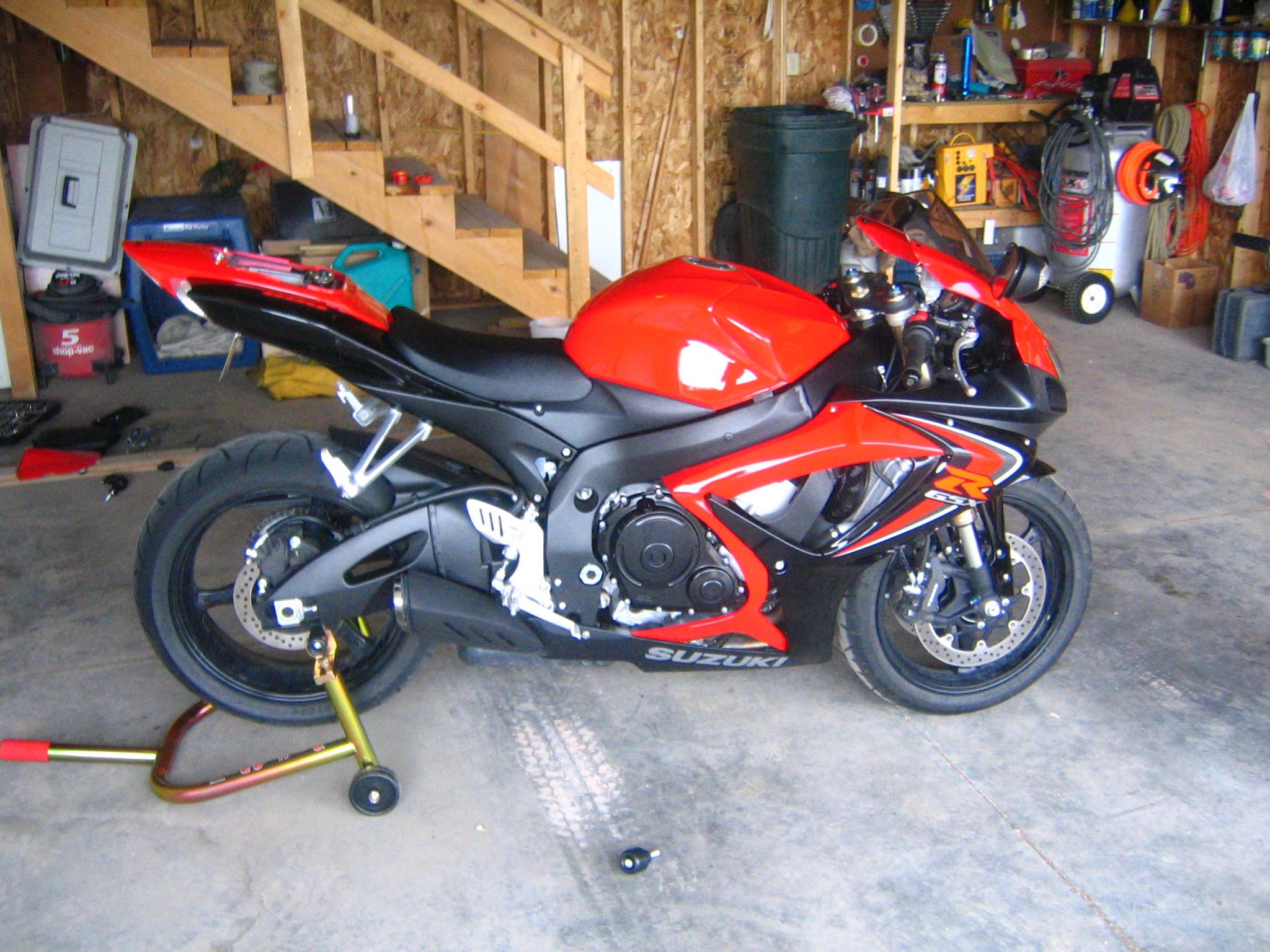 how to: install frame sliders - Sportbikes.net