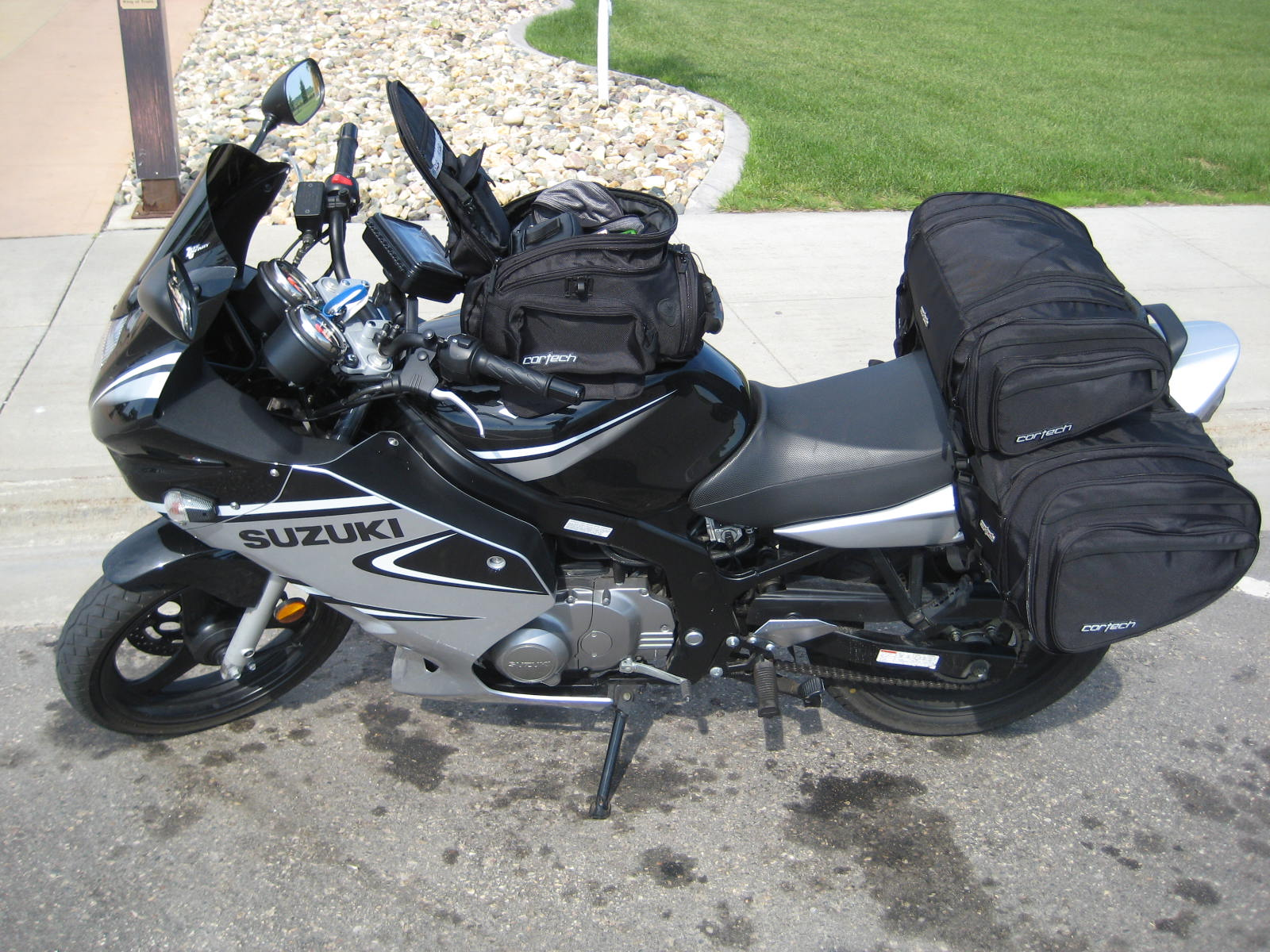 saddle-bags-tail-bag-img_1122.jpg