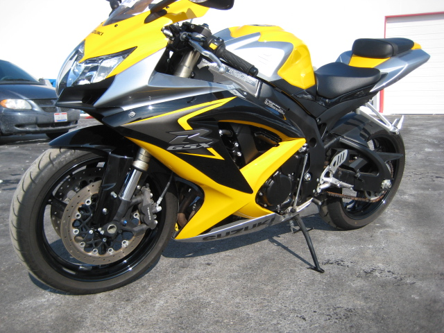 2008 GSXR 600 - ONLY 5k miles for $5800. In Maryland - Sportbikes.net