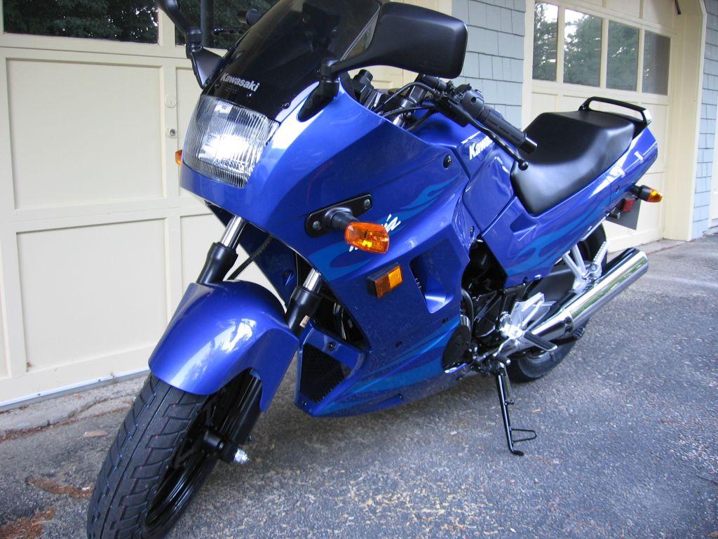 Bought my 1st bike today...2006 Ninja 250 Blue - Sportbikes.net
