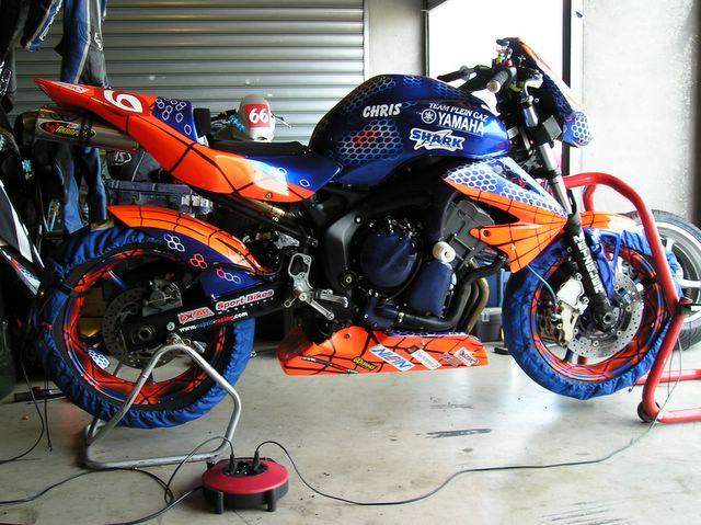 R1 racing seat + rear end-ledenon_2006__24_.jpg