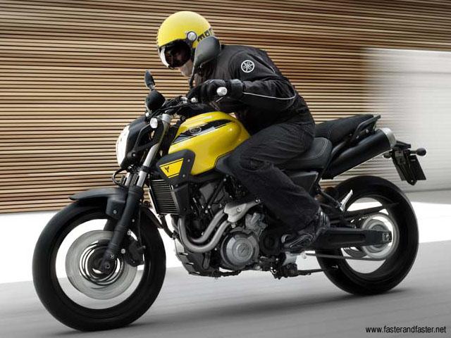 250cc-yamaha-sportbike-mt03-5.jpg