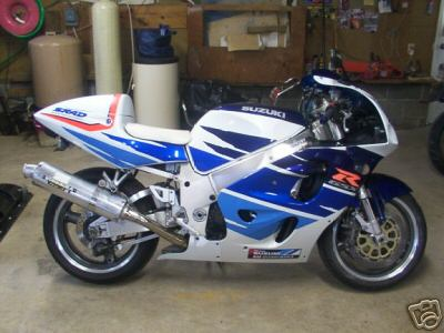 1987 GSXR 750 for Sale http://www.sportbikes.net/forums/bikes-sale/313591-97-gsxr-750-sale.html