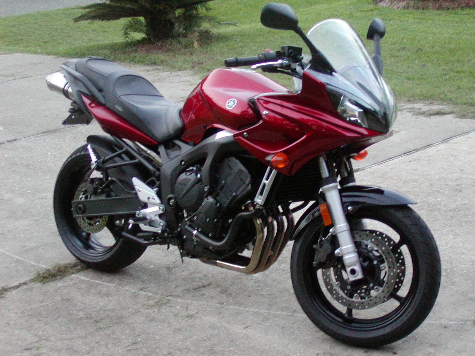 Joining the ranks: New fastest red '06 FZ6! :D - Page 2 - Sportbikes.net