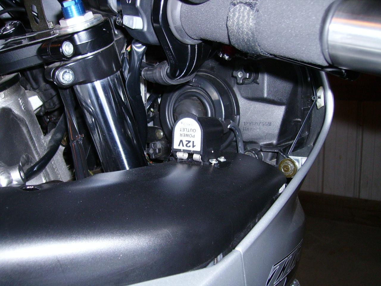 show-off-your-zzr600-plug-002.jpg
