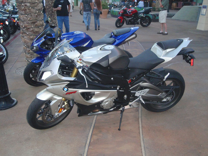 s1000rr-lets-see-them-s1000rr.jpg
