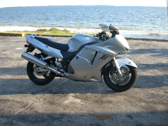 Blackbird Owners Post Pics And Mods! - Page 3 - Sportbikes net