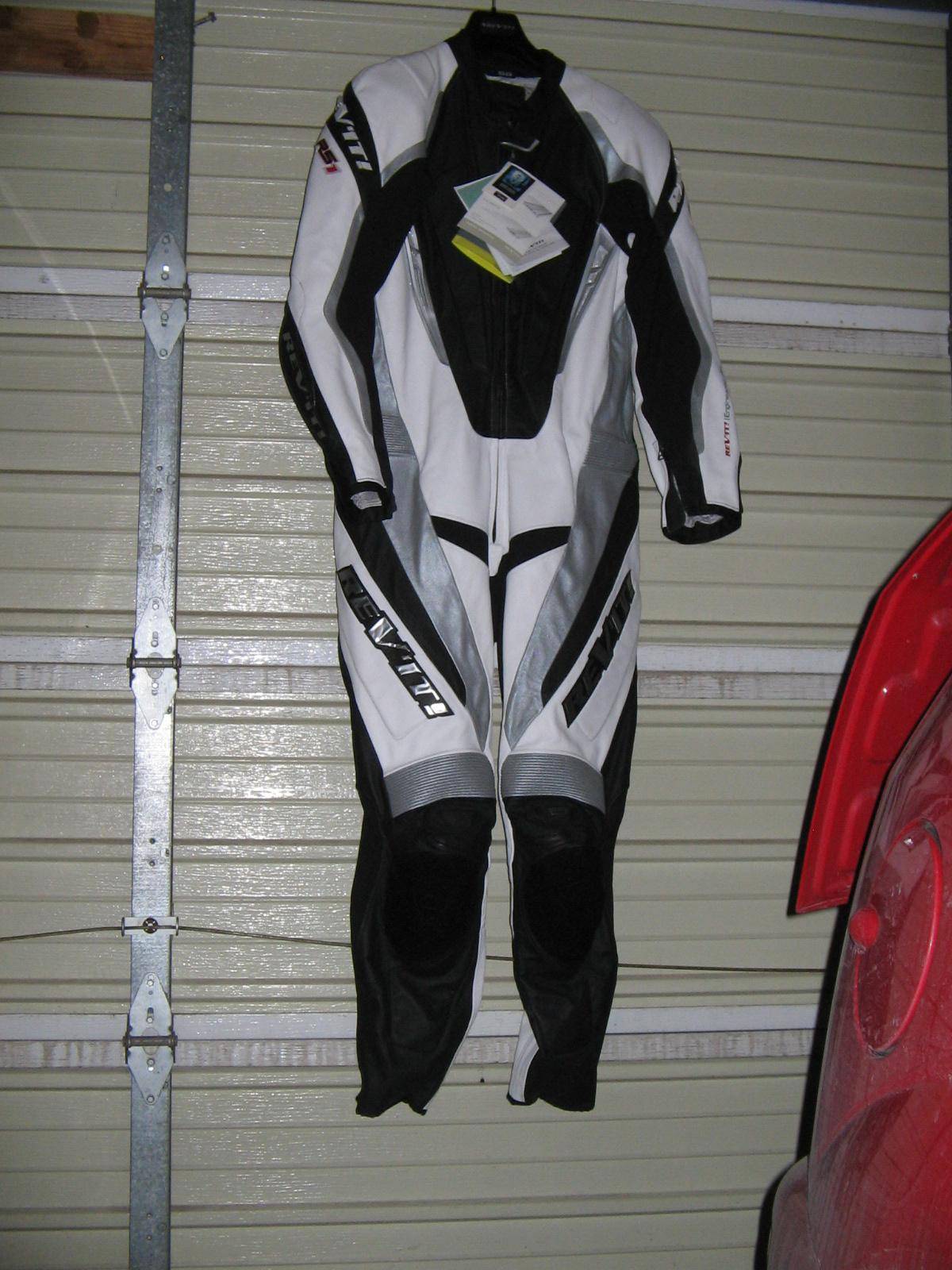 New Rev It Rs1 Leather Race Suit Sportbikes Net