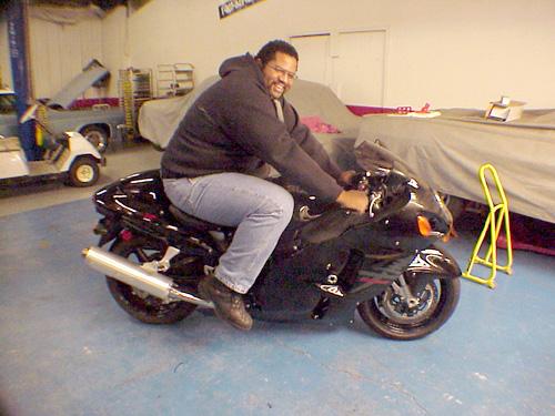 [Imagem: 45200d1117141618-first-bike-big-guy-600-...g_busa.jpg]