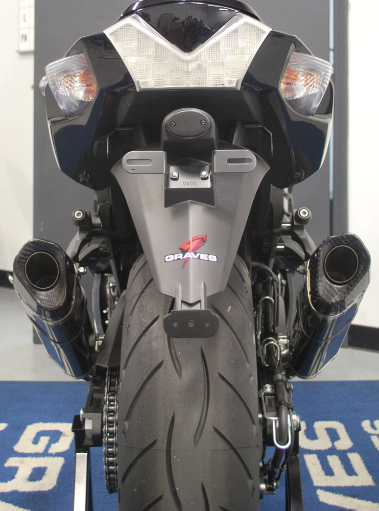 graves-motorsports-kawasaki-zx14r-slip-video-zx14r-back-s.jpg